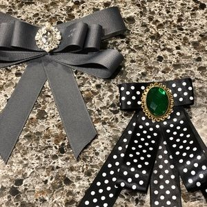 Accessories - Ladies bow ties each